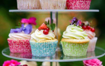 Hochzeitstorte & Sweet Table: Sommerliche Inspiration